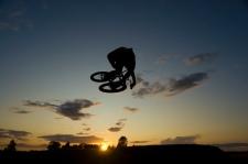 Tabled Silhouette por Owen B
